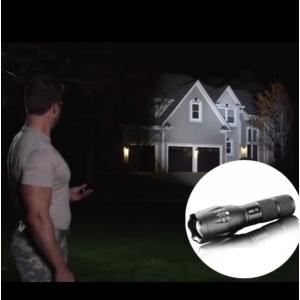 Fémházas zoomos LED elemlámpa