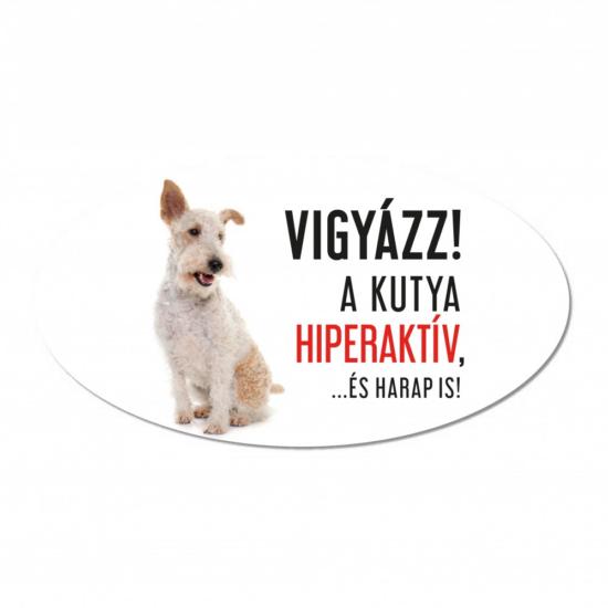 Vigyázz a kutya harap tábla műanyagból FOXTERRIER