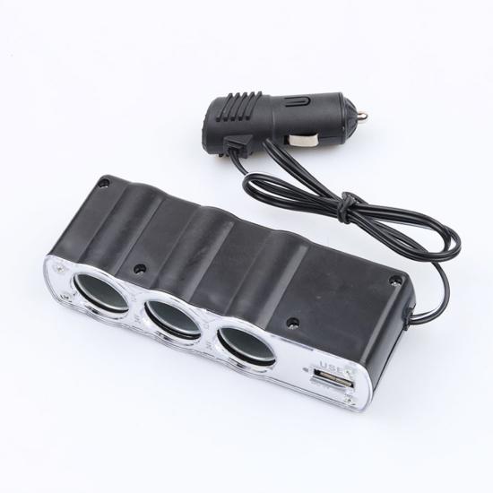 Autós szivargyújtó elosztó, USB töltővel