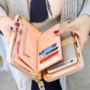 Kép 2/3 - Női pénztárca, borítéktáska Babakék
